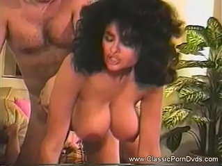 Latina Classic MILF Couch Fuck